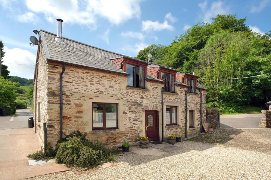 Bracken Cottage Exterior